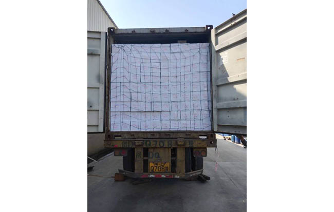 Loading of 2 containers canned mushroom to Algeria
